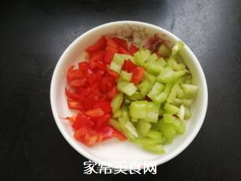 炒麻辣玉米粒的做法步骤:4