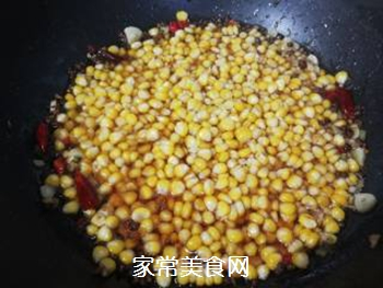 炒麻辣玉米粒的做法步骤:10