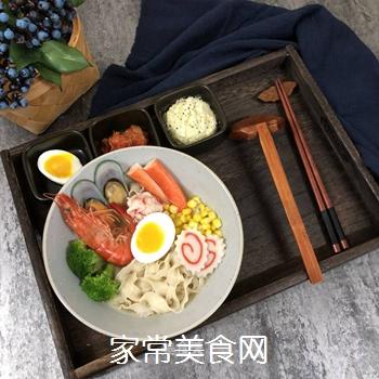 日式海鲜拉面的做法