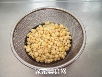 椒盐玉米的做法步骤:1