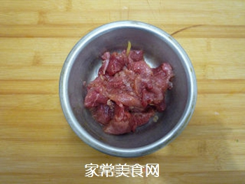 芹菜炒肉片的做法步骤:5