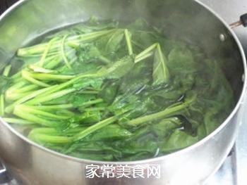【天津】菠菜丸子汤的做法步骤:2