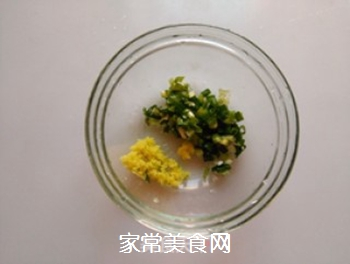 猪肉白菜锅贴的做法步骤:4