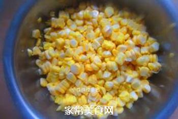 鲜榨玉米汁的做法步骤:2