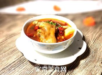 猪脚萝卜汤的做法