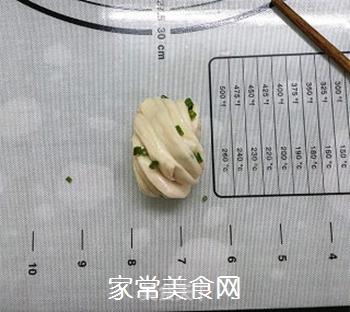 葱油花卷的做法步骤:13