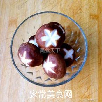 香菇油菜的做法步骤:1