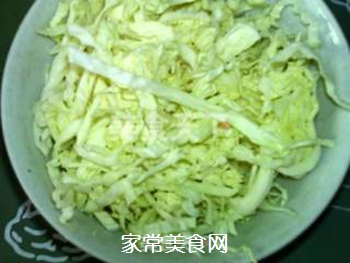 卷心菜煎饼的做法步骤:2