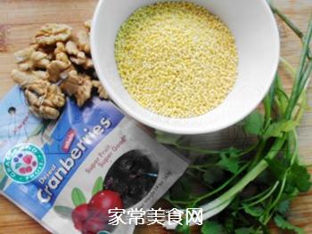 #信任之美#核桃蔓越莓小米饭的做法步骤:1