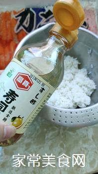 #爽口凉菜,开胃一夏!#鱼子酱小船寿司的做法图解2