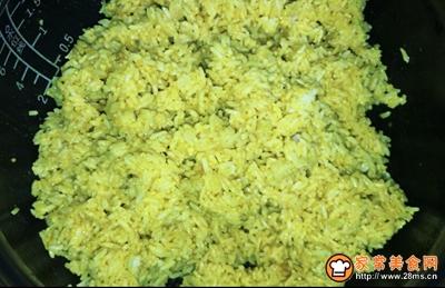 菠萝咖喱炒饭#520,美食撩动TA的心!#的做法图解2