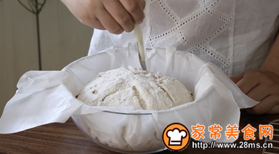 红豆薏米面包的做法图解14