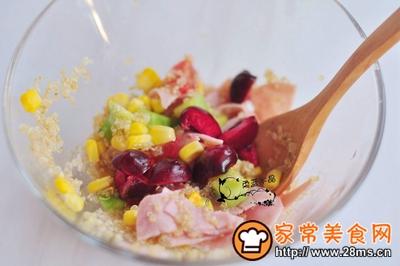 藜麦火腿水果沙拉的做法图解7