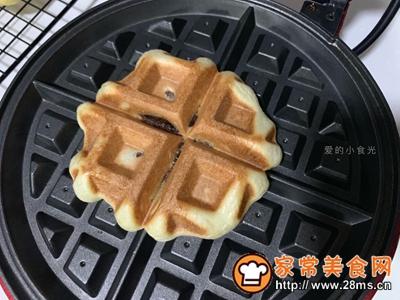 #童年不同样,美食有花样#红豆麻薯华夫饼的做法图解12