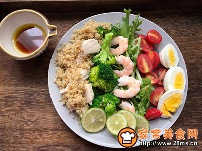 轻食主义-藜麦鸡肉蔬菜沙拉的做法图解7