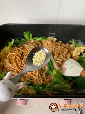 #童年不同样,美食有花样#家常炒面的做法图解11