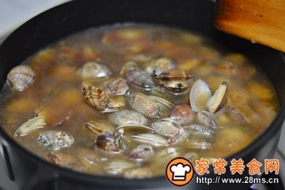 大盘鸡+蒸鸡蛋+炒花蛤的做法图解17