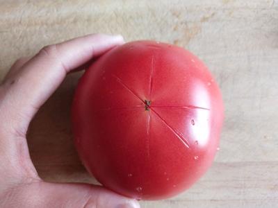 西红柿酸汤肉丸面#父亲节,给老爸做道菜#的做法图解1