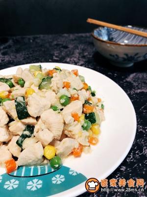 #花10分钟,做一道菜!#【炒】宝宝添饭必备-五彩鸡丁的做法图解10