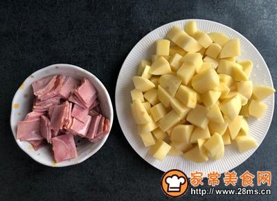 芝士�h培根土豆的做法图解2