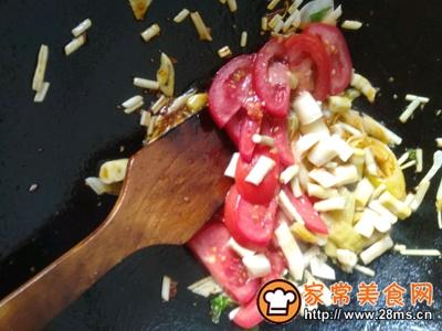 酸笋鱼片汤的做法图解4