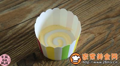 棒棒糖戚风蛋糕的做法图解7