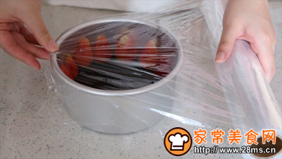 草莓酸奶慕斯的做法图解7