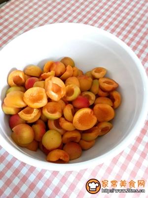 杏果脯的做法图解15