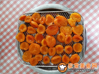 杏果脯的做法图解19