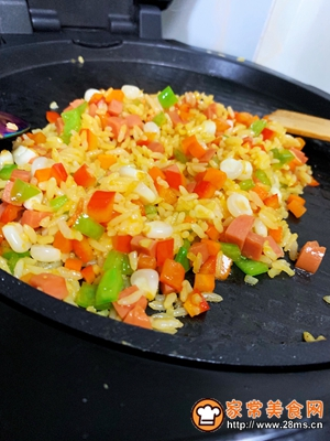 时蔬五彩蛋炒饭的做法图解5