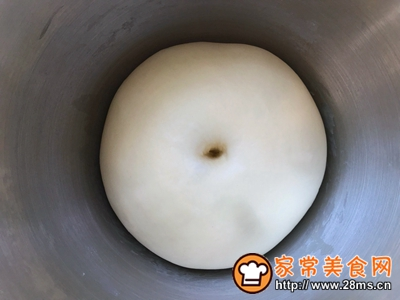 牛奶面包卷的做法图解7