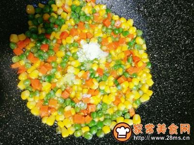 虾仁杂蔬蛋炒饭的做法图解7