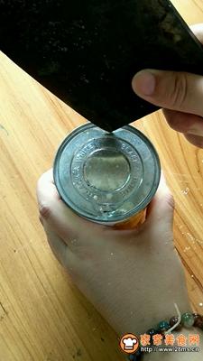 仙草冻奶茶的做法图解2