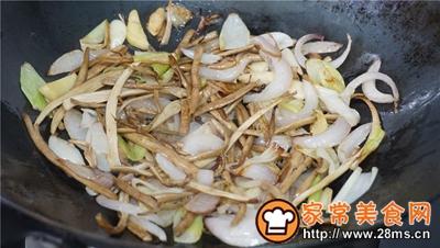 干锅鸡爪茶树菇的做法图解6