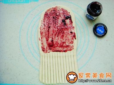 蓝莓面包卷的做法图解7