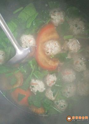 蔬菜肉丸汤的做法图解10