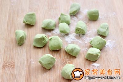胡萝卜青椒海米饺子的做法图解13