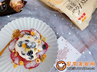 红心火龙果松饼的做法图解7