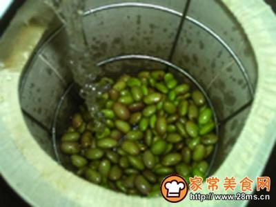 鲜黑豆豆浆的做法图解6
