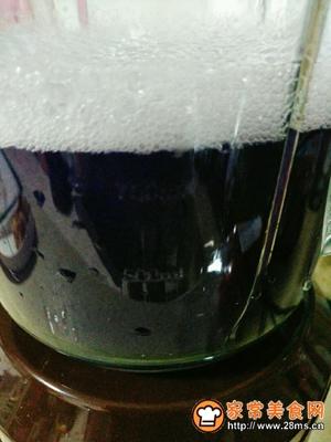 紫甘蓝雪梨汁的做法图解6