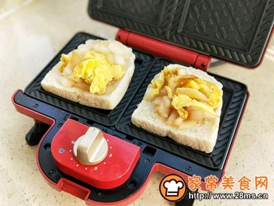 洋葱鸡蛋三明治的做法图解9