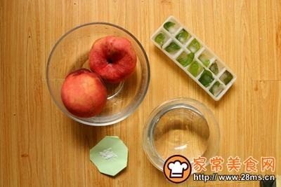 蜜桃清凉苏打水的做法图解2