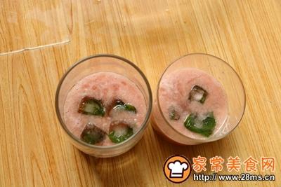 蜜桃清凉苏打水的做法图解12