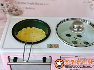 玉米面粉鸡蛋饼的做法图解10