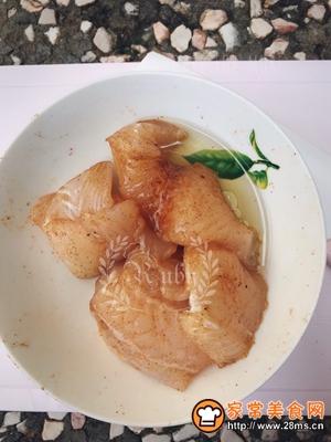 简单快手的香煎巴沙鱼的做法图解4