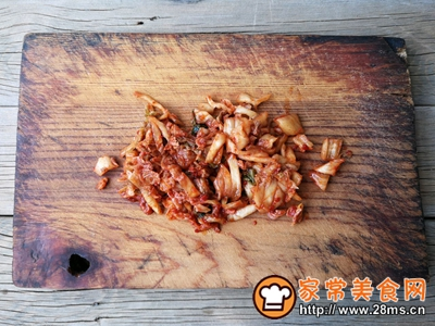 泡菜培根炒饭的做法图解4