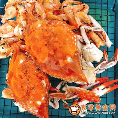 香辣虾蟹干锅的做法图解3