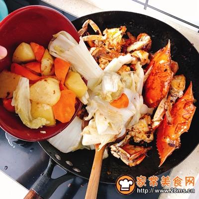 香辣虾蟹干锅的做法图解8