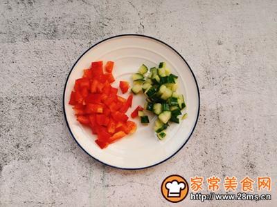 中西合璧~饺子皮版快手披萨的做法图解2