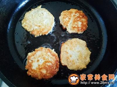 香煎鸡肉藕饼的做法图解9